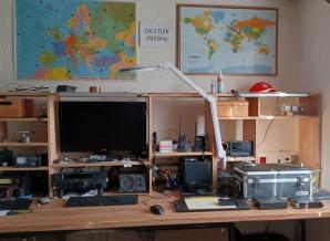 image of dk1tux